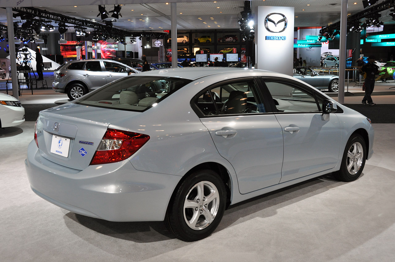 Honda offering $3,000 gas card with Civic Natural Gas purchase; is it worth it? - Autoblog