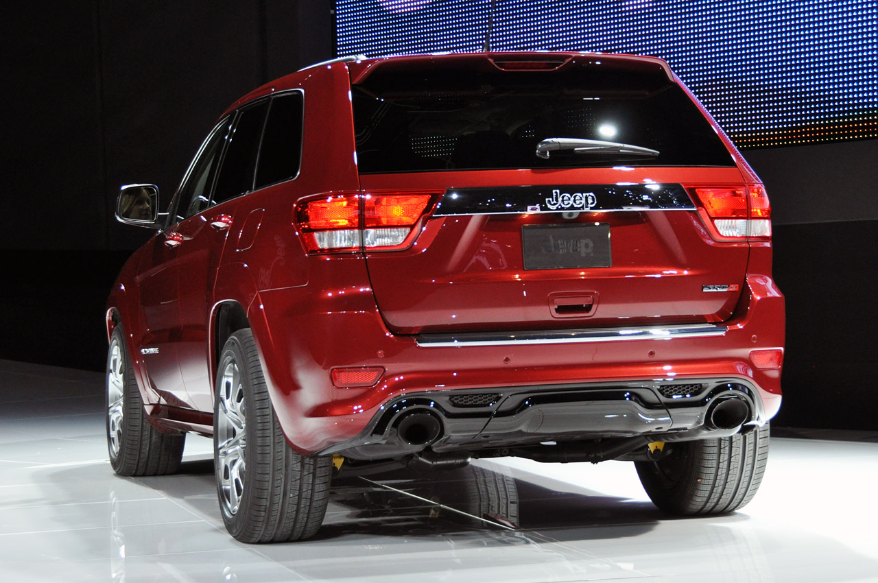 2012 Jeep Grand Cherokee SRT8 arrives as quickest Jeep ever made
