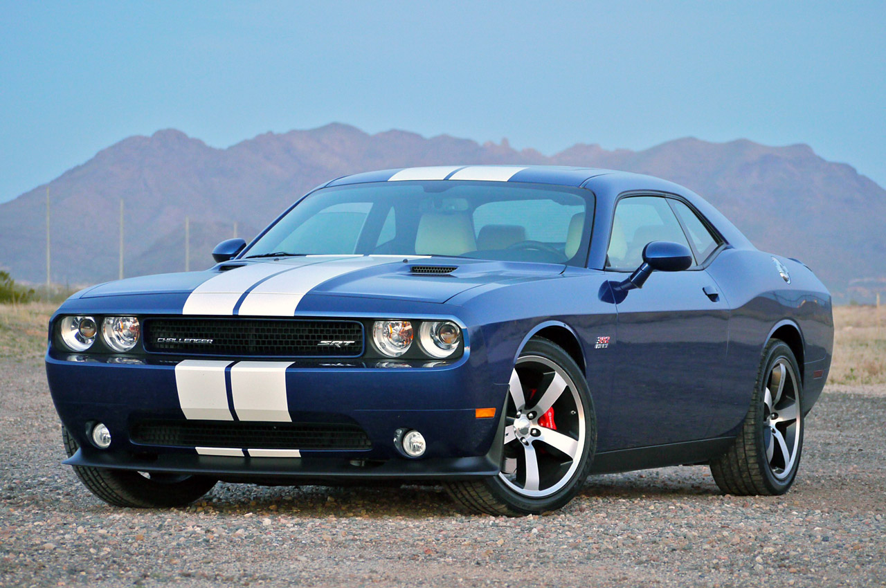 08 dodge challenger srt8. Black Bedroom Furniture Sets. Home Design Ideas
