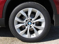 2011 BMW X1 sDrive28i wheel
