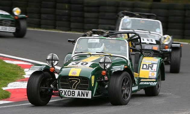 Caterham 7 racing