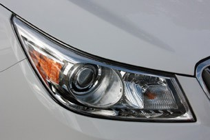 2012 Buick LaCrosse eAssist headlight