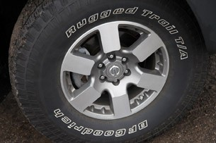 2011 Nissan Xterra Pro-4X wheel