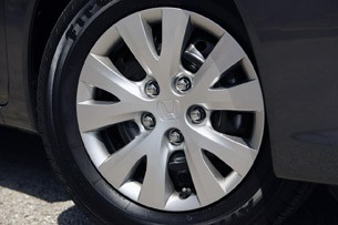 2012 Honda Civic wheel