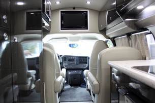 2011 Airstream Avenue interior