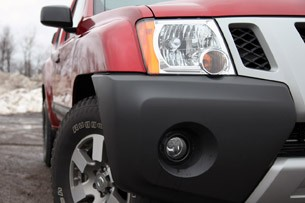 2011 Nissan Xterra Pro-4X front detail