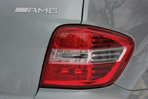 2011 Mercedes-Benz ML63 AMG taillight