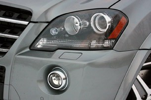 2011 Mercedes-Benz ML63 AMG headlight