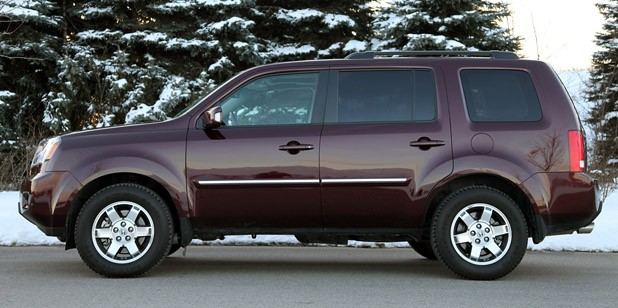 2011 Honda Pilot 4WD Touring Side View ...