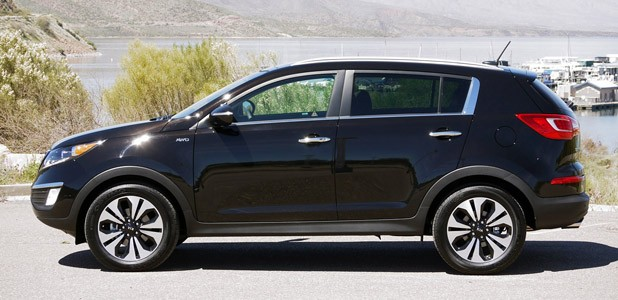2011 Kia Sportage SX side view