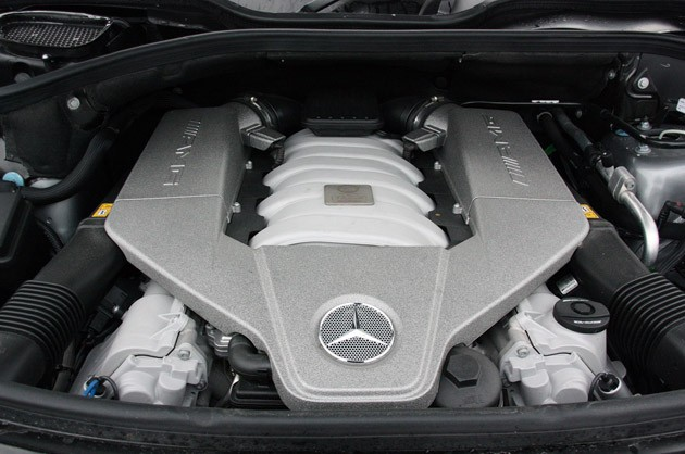 2011 Mercedes-Benz ML63 AMG engine