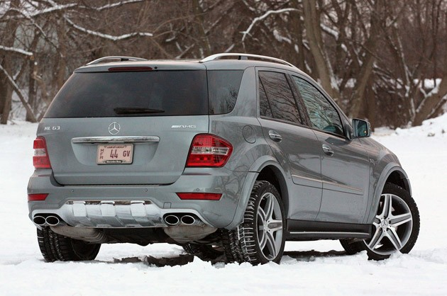 2011 Mercedes-Benz ML63 AMG rear 3/4 view