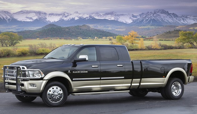 2011 Ram Long-Hauler Concept - front three-quarter view