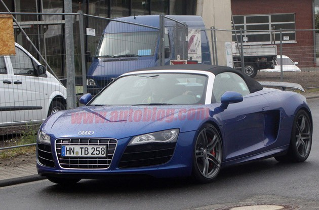 001 audi r8 gt spyder spy photos lead Audi R8 GT Spyder almost ready to scatter toupees across race tracks
