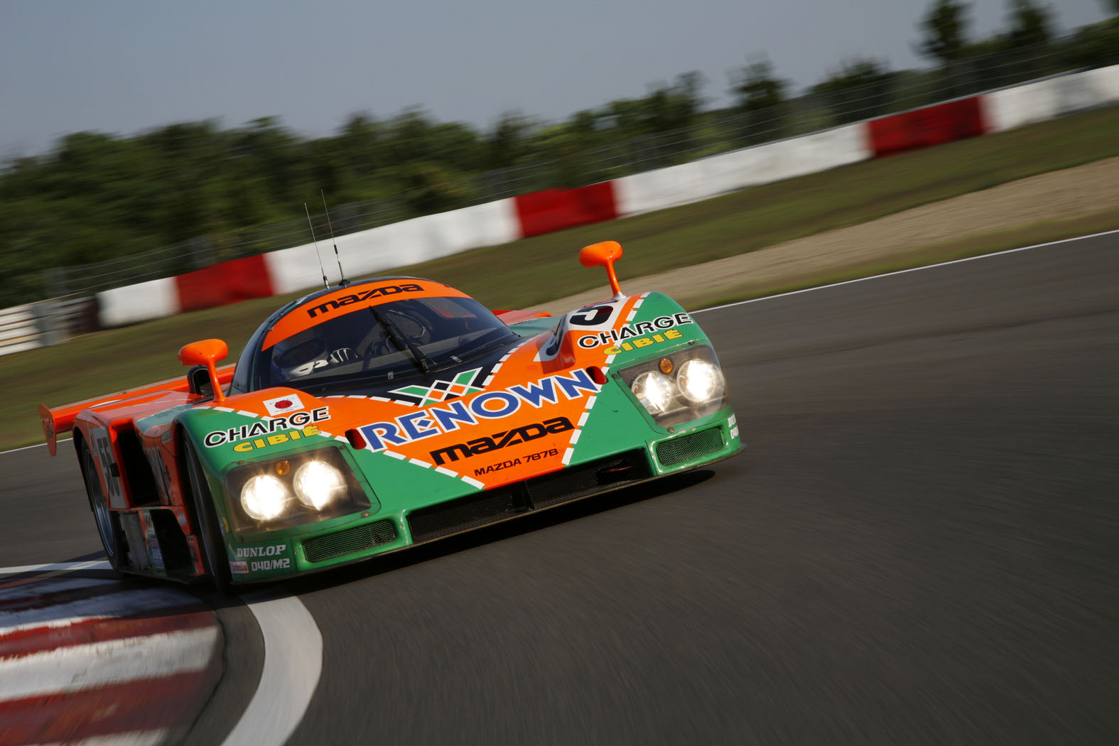 mazda 787b restored returning to le mans for 20th anniversary of win autoblog. Black Bedroom Furniture Sets. Home Design Ideas