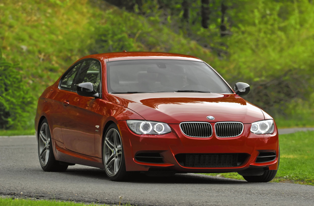 bmw 3 series production to end in october next gen model. Black Bedroom Furniture Sets. Home Design Ideas