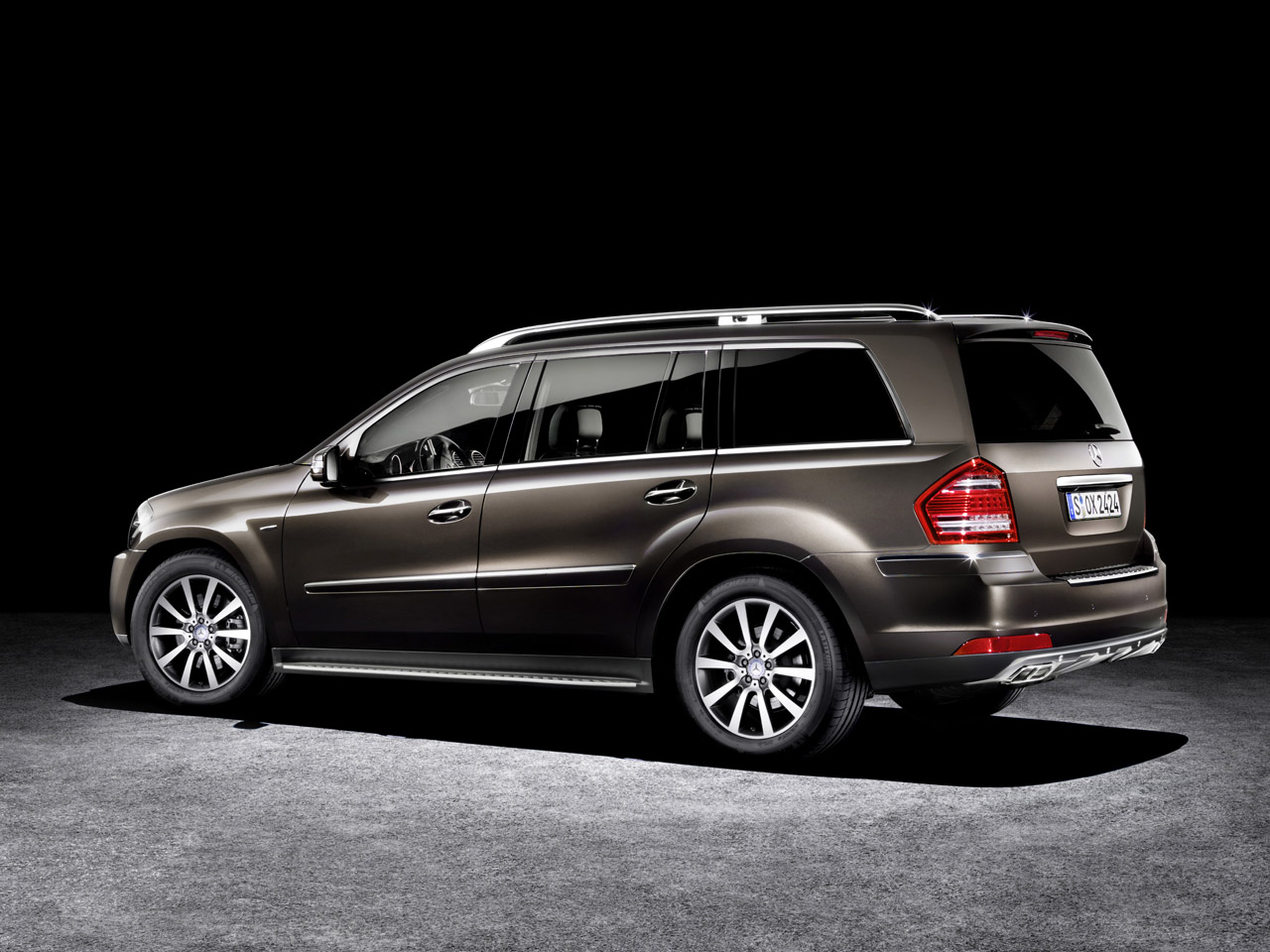Mercedes Benz Furthers Grand Edition Franchise With New Gl
