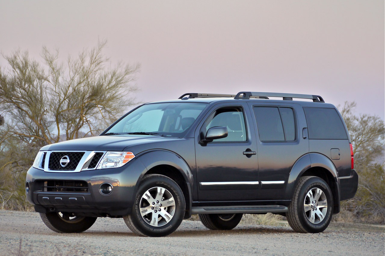 2011 nissan pathfinder review photo gallery autoblog. Black Bedroom Furniture Sets. Home Design Ideas