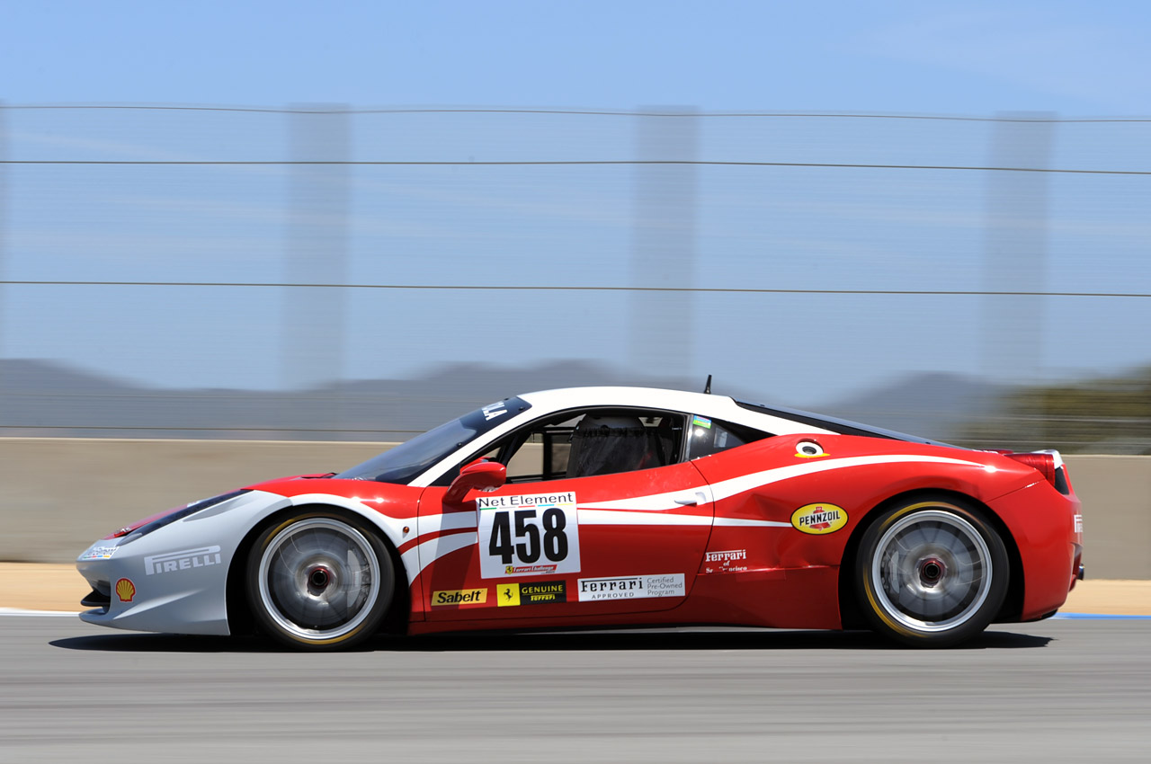 ferrari 458 challenge at laguna seca photo gallery autoblog. Black Bedroom Furniture Sets. Home Design Ideas