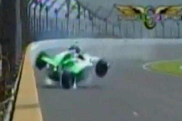 Simona De Silvestro crash Indy 500