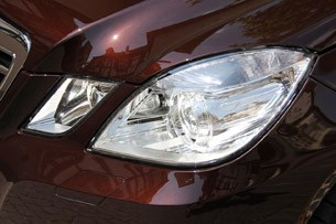 2012 Mercedes-Benz E350 headlight