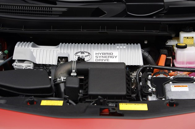 2012 Toyota Prius V engine