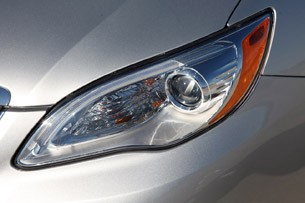 2011 Chrysler 200 headlight