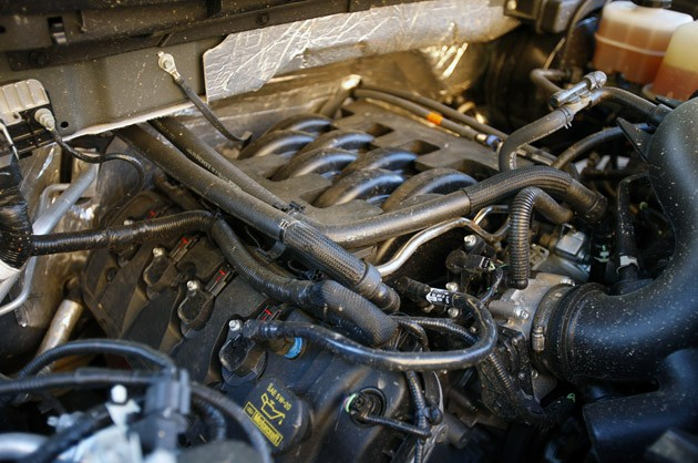 2011 Ford F-150 4x4 SuperCrew engine