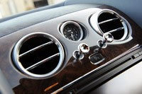 2011 Bentley Continental GT wood dash