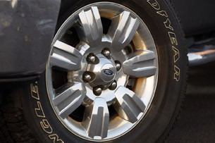 2011 Ford F-150 4x4 SuperCrew wheel