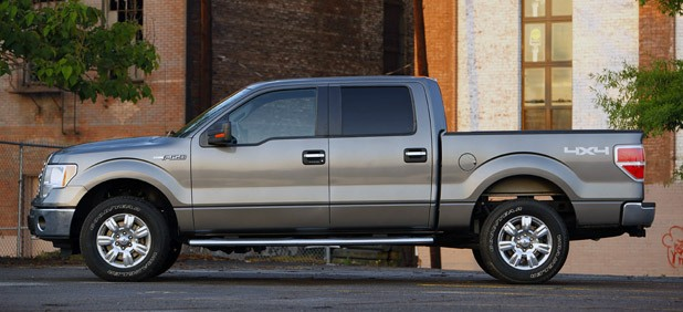 2011 Ford F-150 4x4 SuperCrew side view