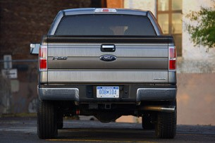 2011 Ford F-150 4x4 SuperCrew rear view