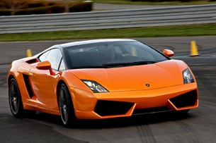 2011 Lamborghini Gallardo LP 550-2 Bicolore on track