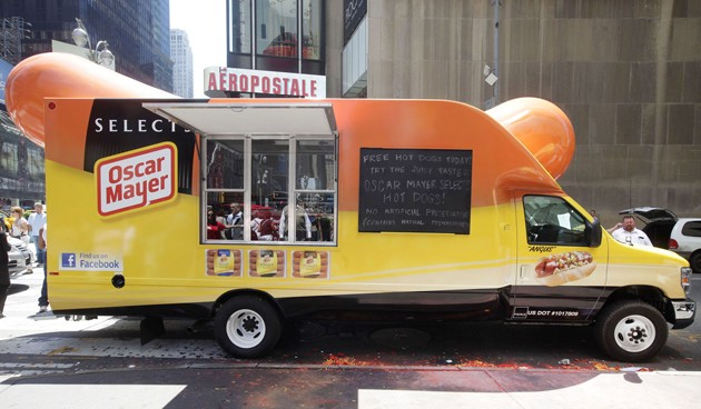 oscar mayer weinermobile food truck