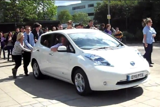 Jeremy Clarkson gets a push in a Nissan Leaf