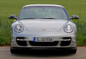 2012 Porsche 911 Turbo S Edition 918 Spyder front view