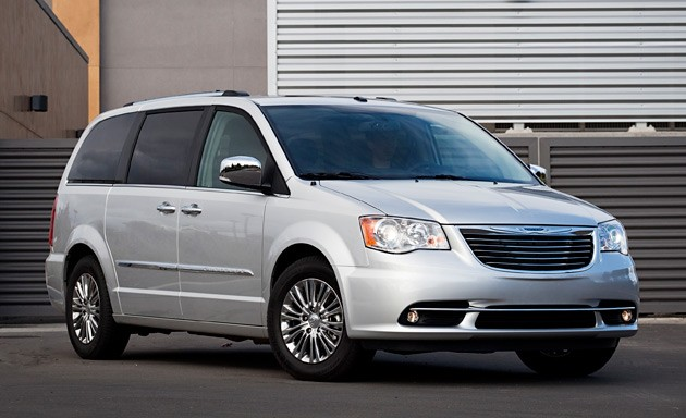 01 2011 chrysler town and country. Cars Review. Best American Auto & Cars Review