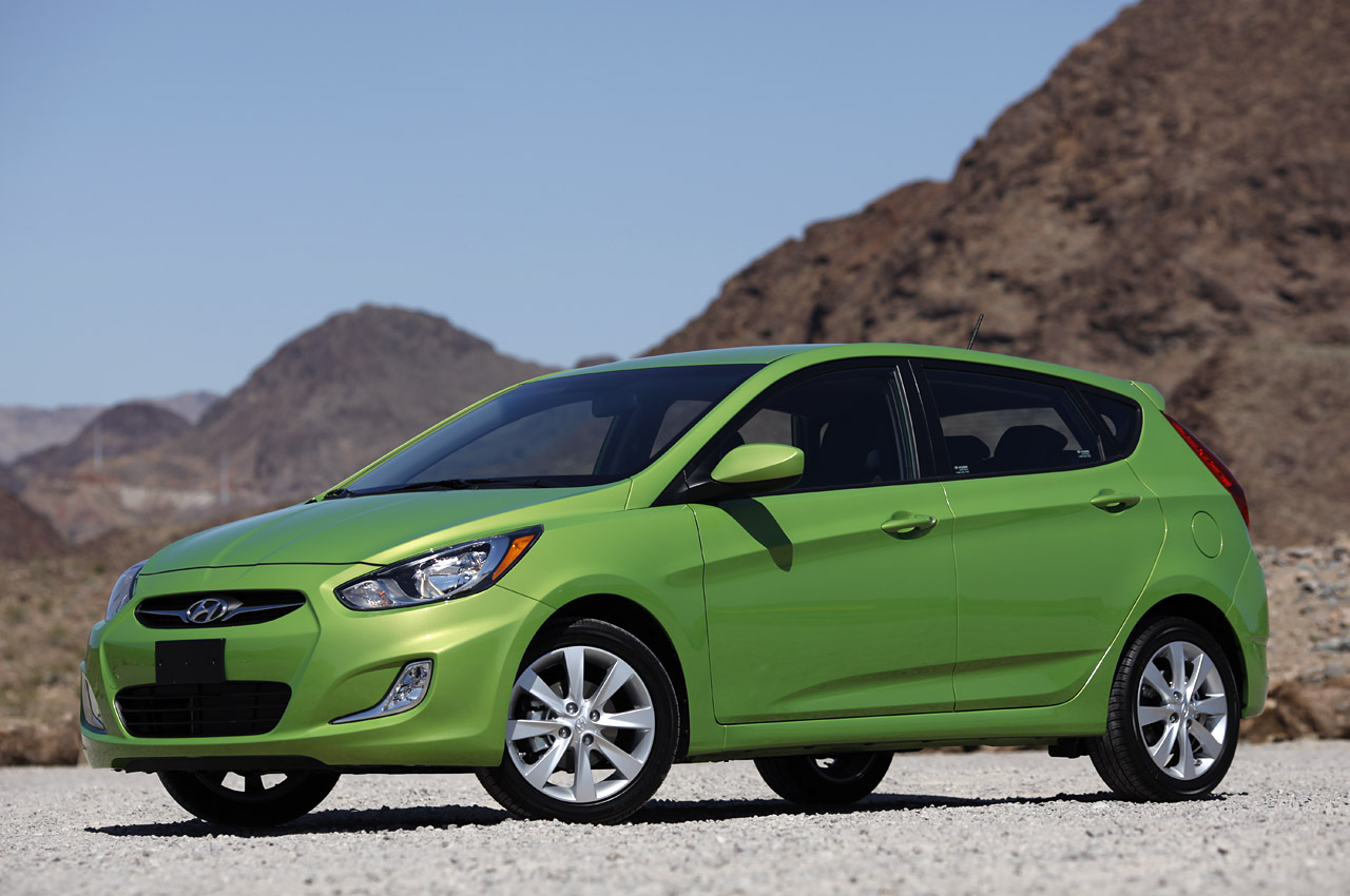 2012 Hyundai Accent Five Door