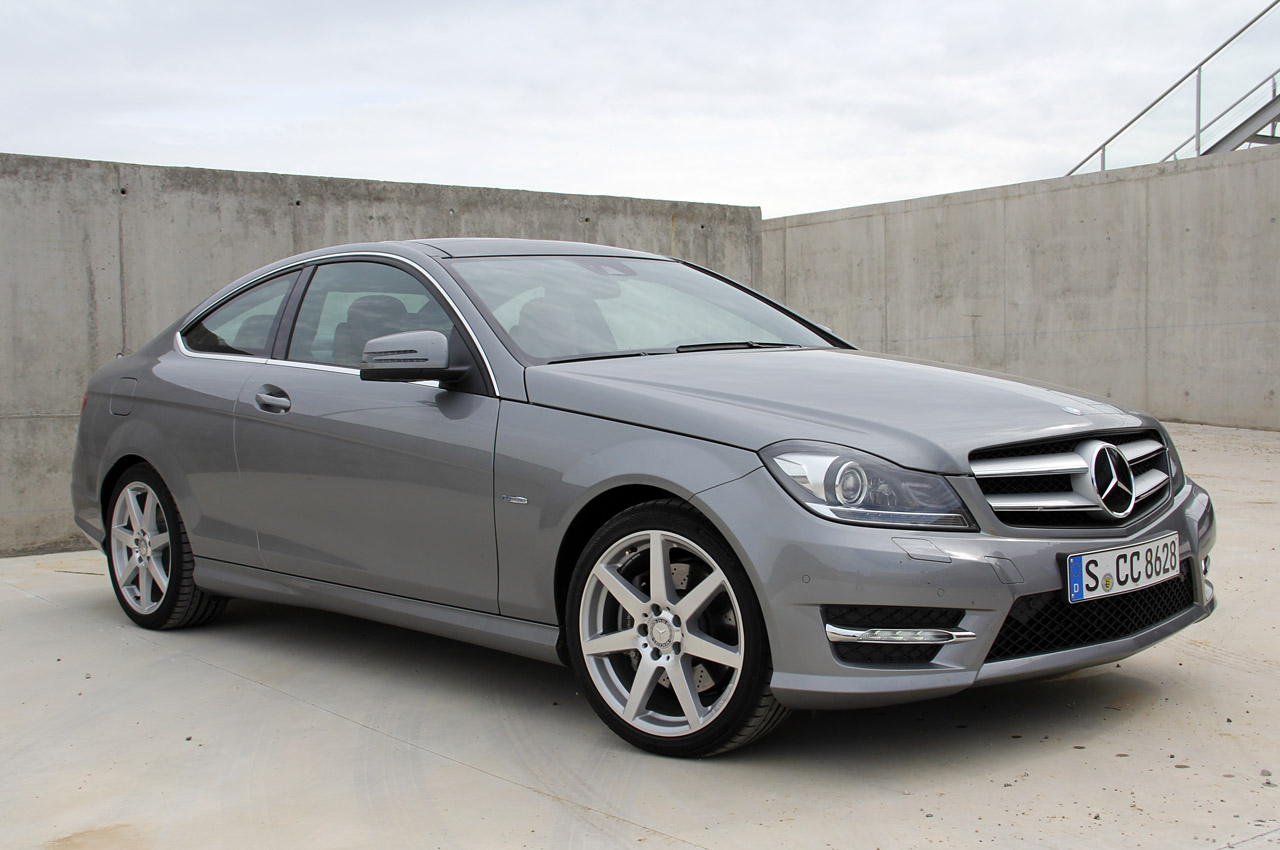 01 2012 mercedes benz c class coupe for Mercedes benz c class coupe 2012