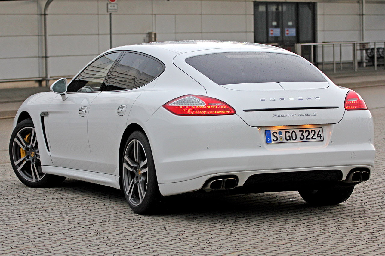 2012 porsche panamera turbo s quick spin w video autoblog. Black Bedroom Furniture Sets. Home Design Ideas