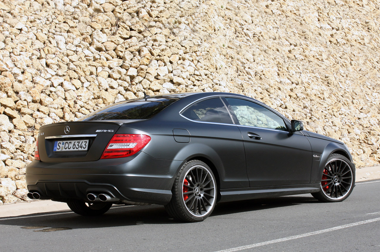 2012 mercedes benz c63 amg coupe autoblog. Black Bedroom Furniture Sets. Home Design Ideas