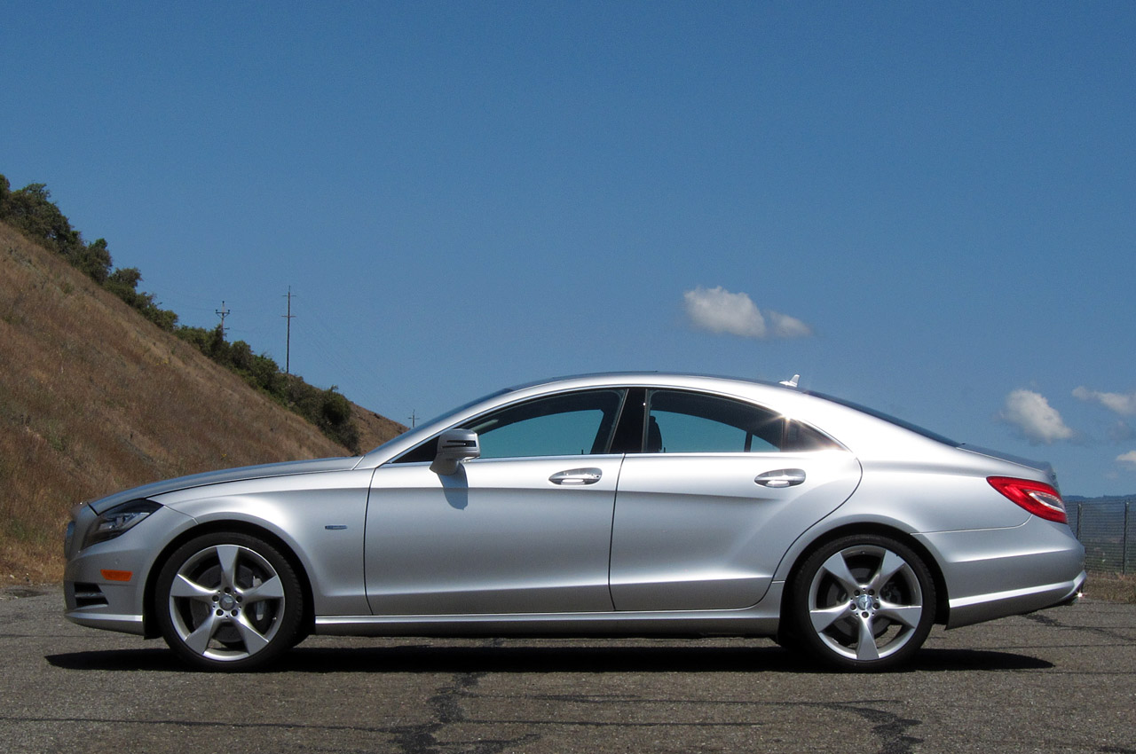 2012 mercedes benz cls550 autoblog for Mercedes benz cls 2012 price
