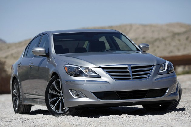 2013 Hyundai Genesis Reviews - Autoblog and New Car Test Drive