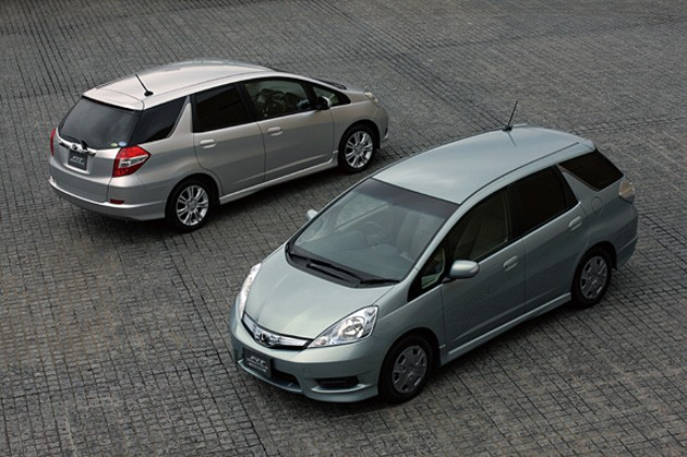 honda fit shuttle 15x and fit shuttle hybrid