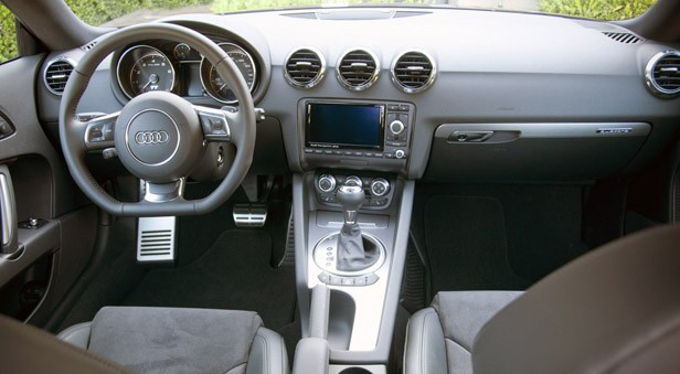 2011 Audi TT 2.0 Quattro Coupe interior
