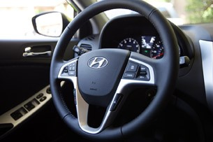 2012 Hyundai Accent Five-Door steering wheel