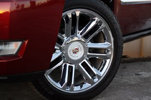 2011 Cadillac Escalade Hybrid Platinum wheel