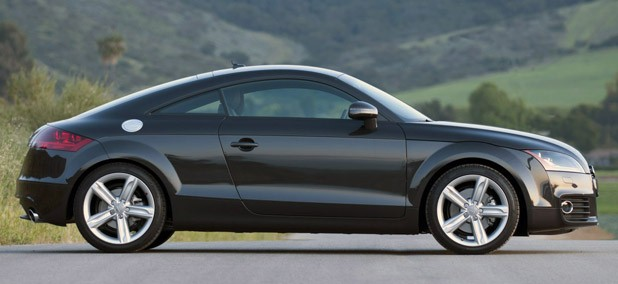 2011 Audi TT 2.0 Quattro Coupe side view