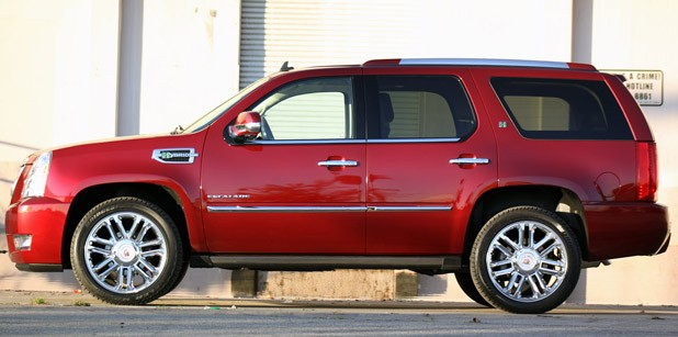 2011 Cadillac Escalade Hybrid Platinum side view