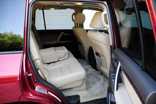 2012 Toyota Land Cruiser rear seats